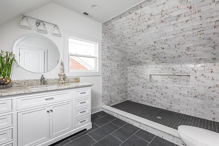 1050-Villa-Ave—Bathroom