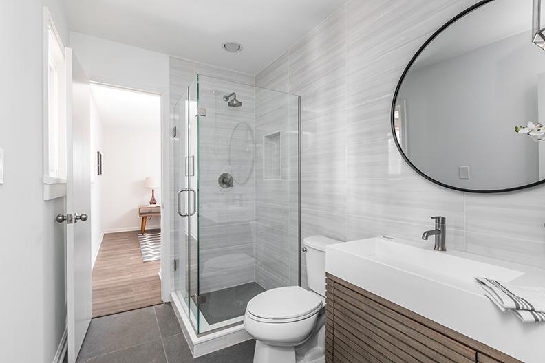Kimlough—Gallery—Bathroom-1